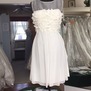 IVORY Beautiful silk short beach wedding gown.